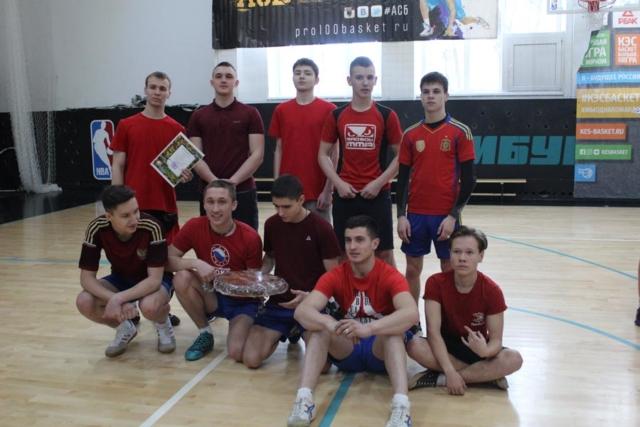 1 место Военно-спортивная игра «Новобранцы»