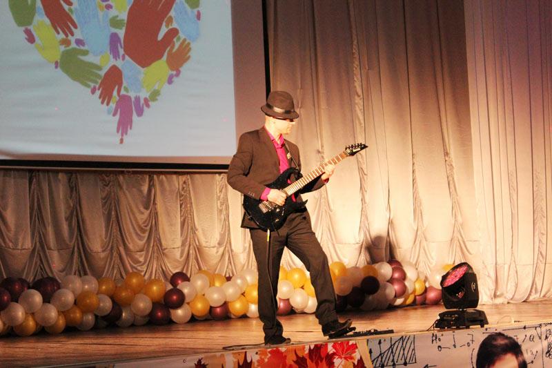 Георий Глава на Благотворительном концерте