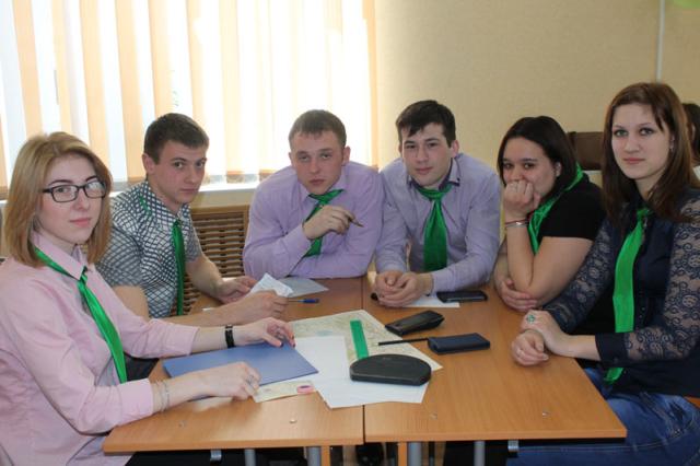 Студенты горно-геологического отделения