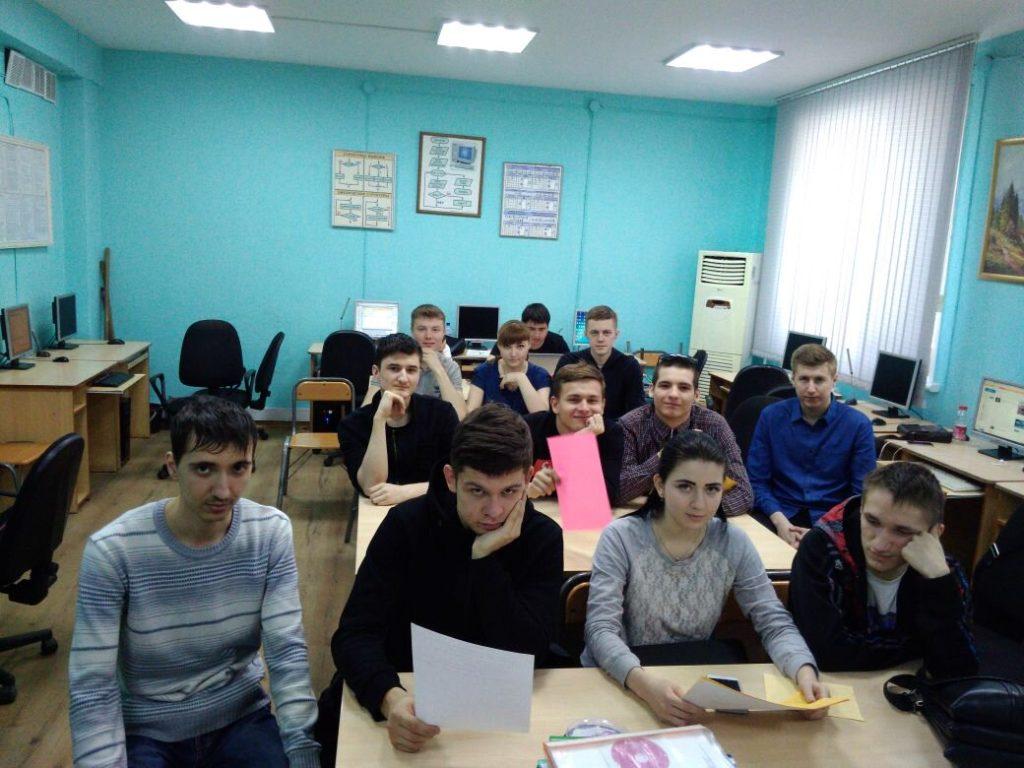Открытый урок в 451 группе