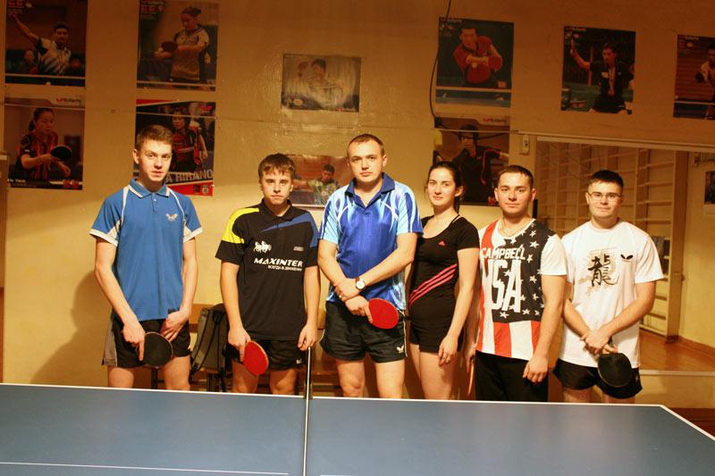 Команда по настольному теннису